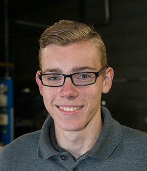 Stagair automonteur Nino van Dam