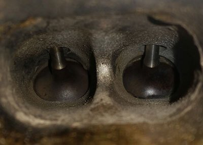 THP motor in- en uitlaatkleppen